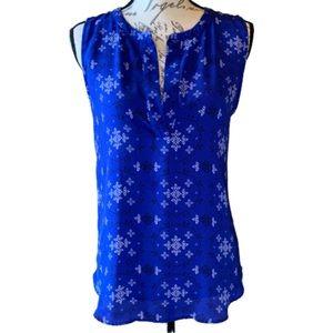 3/$30 LOFT sleeveless split notch neck top